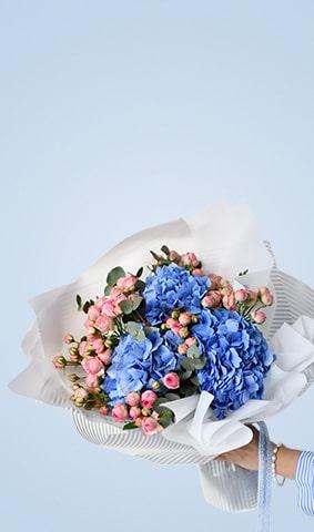Blumen-unten-rechts-volle-Höhe-min